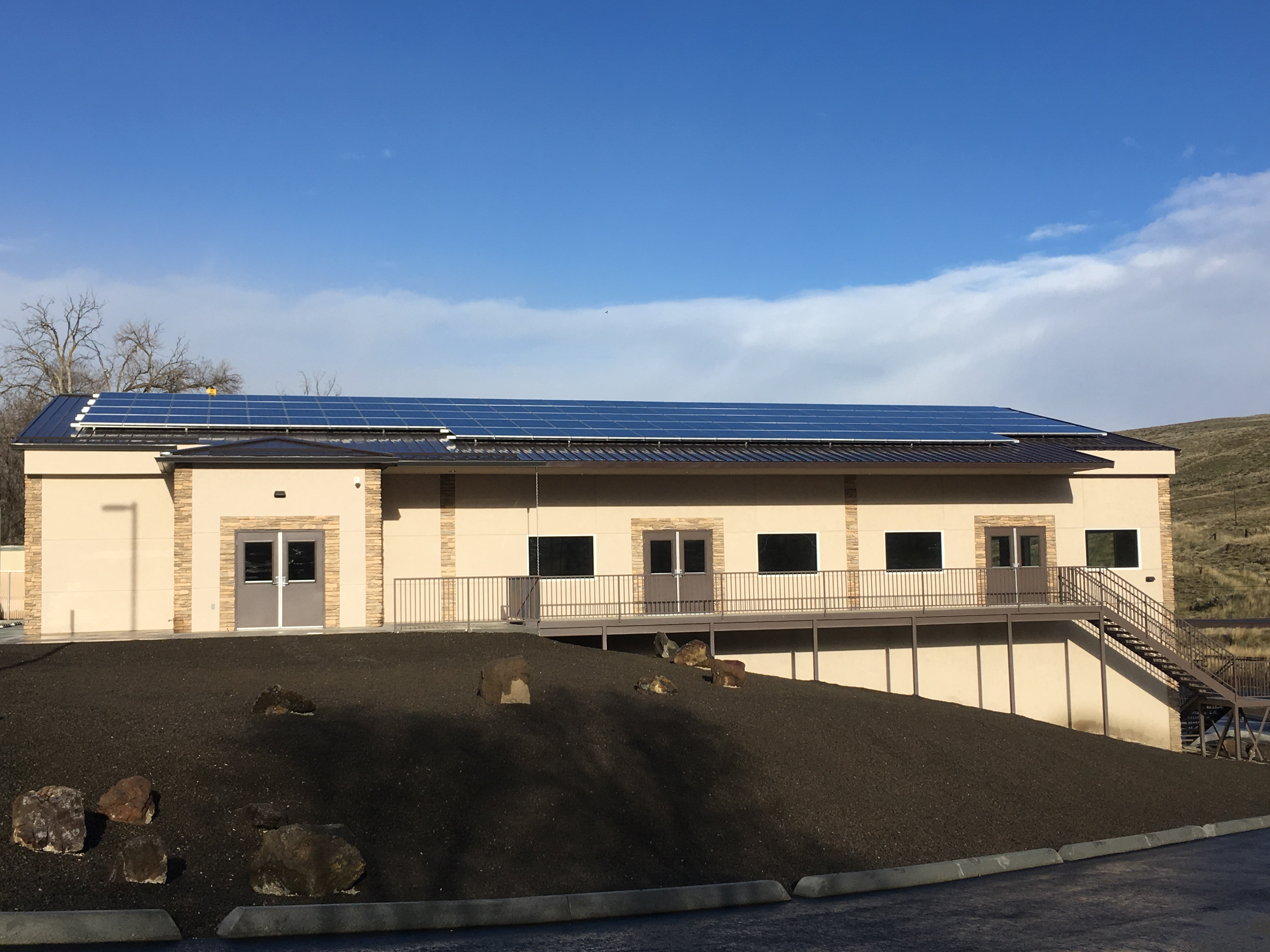 33kW Community Center, Arlington, OR